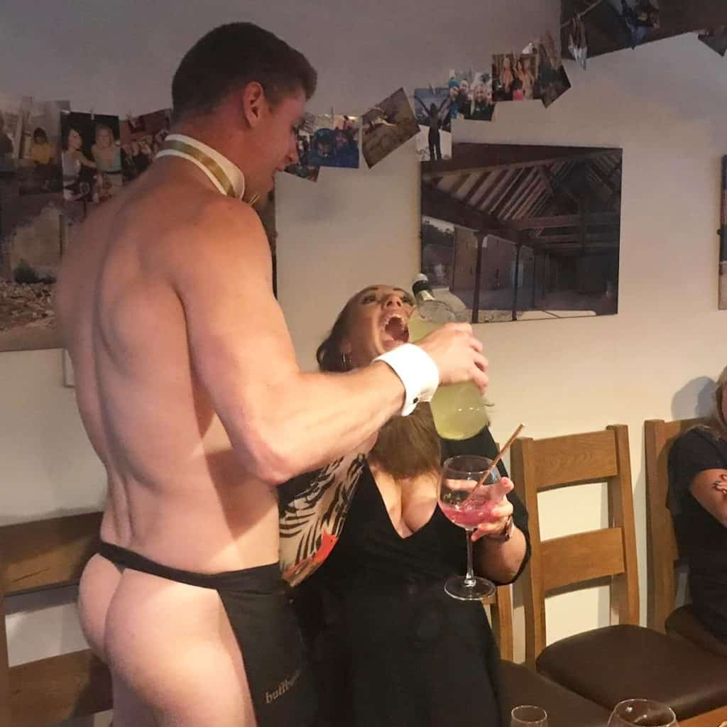 Buff Boyz Topless Waiters